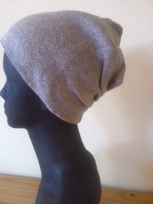 Beanie light brown-beige