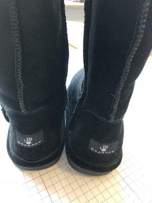 Bearpaw Buskins black leather