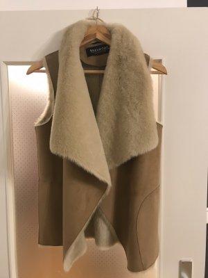 Beaumont Vest van imitatiebont beige-wolwit