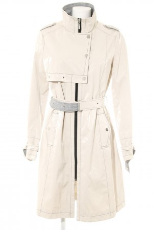 Beaumont Heavy Raincoat cream street-fashion look