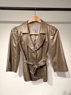 Beautiful 3/4 sleeve blazer