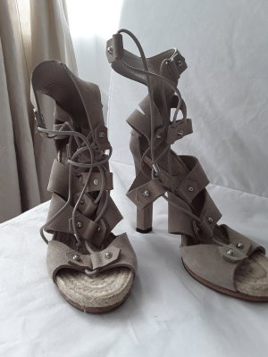 Beautiful Gucci gladiator sandals