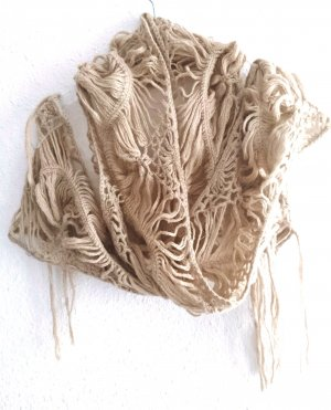 H&M Bufanda de ganchillo color oro-crema