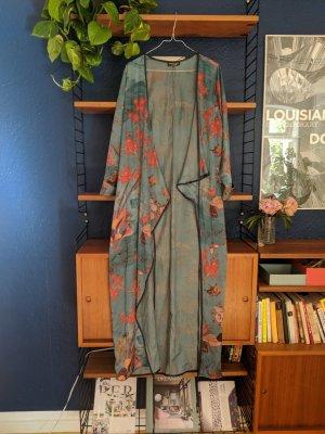 Beautiful wrap Kimono