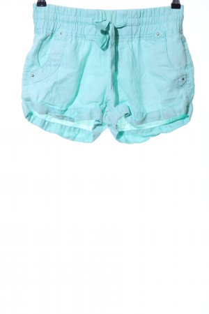 bebe Hot Pants turquoise casual look