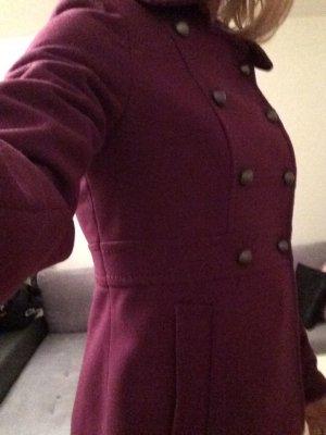 Beerenfarbene Jacke von H&M in Größe 36