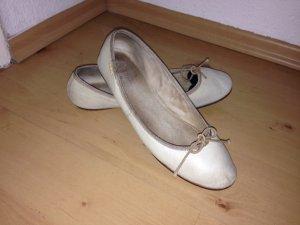beige Ballerinas, aus Leder, Lederballerinas, Gr. 41, Mexx