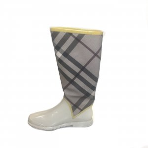 Beige Burberry Boot