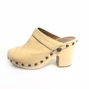 Chanel Sandalias beige