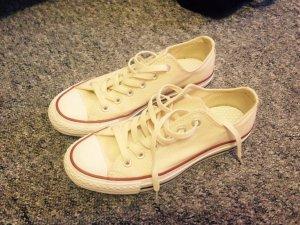 Converse Lace-Up Sneaker cream