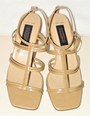 Beige Farbende Sandaletten