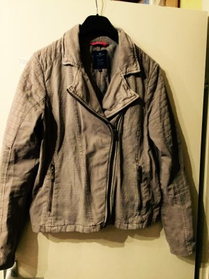 Beige farbene Jacke von Tom Tailor