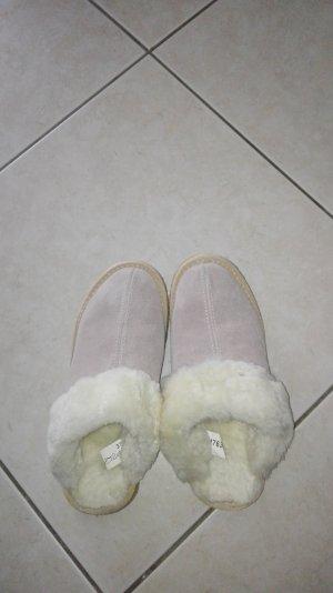 Pantuflas crema-blanco puro