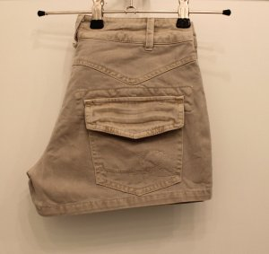 Beige Hot Pants // Shorts Gr. S von Refree // True Vintage