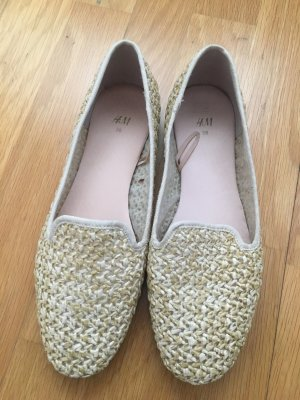 Beige Loafer von H&M in Flechtoptik in 38