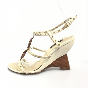 Beige Louis Vuitton High Heel