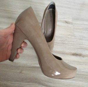 Beige / Nude farbene High Heels