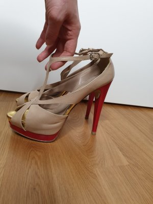 Beige Plateau heels