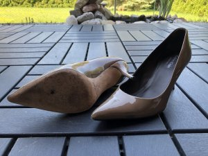 Beige Pumps Calvin Klein Collection 36