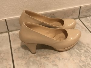 High-Front Pumps oatmeal-cream