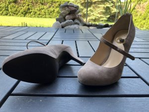 Guess Zapatos beige