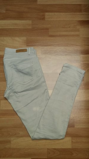 beige Röhrenjeans/ Jeans von Zara / 36 slim