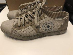 Beige Schuhe / Halbschuhe / Sneaker von Rieker - Gr. 38