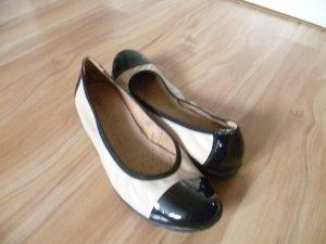 Beige schwarze Ballerinas von Roland Schuhe
