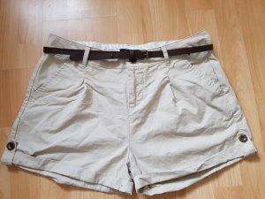 beige Short