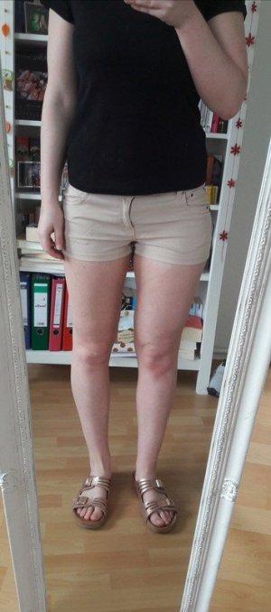 Beige Shorts Hotpants kurze Hose Sommer