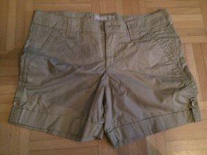 Beige Shorts von Esprit Gr. 32