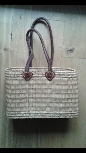 Beige Tasche / Korb mit Ledergriff
