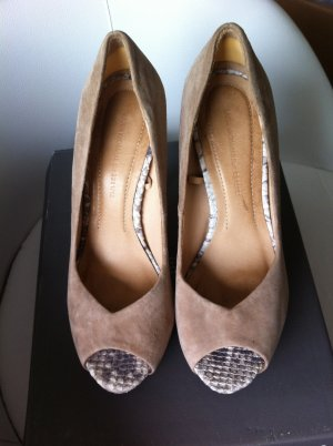 Beige Wildleder Pumps