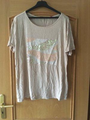 Beigefarbnes Shirt
