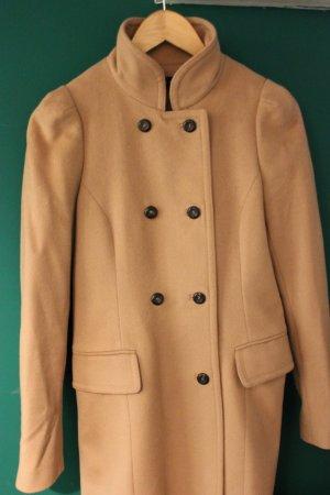 Beiger Mantel mit Angora