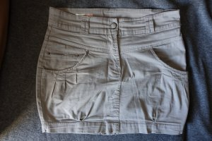 Beiger Rock Pull & Bear Chino