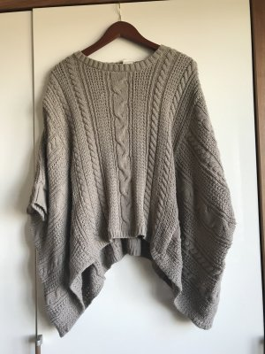Pull & Bear Poncho color cammello