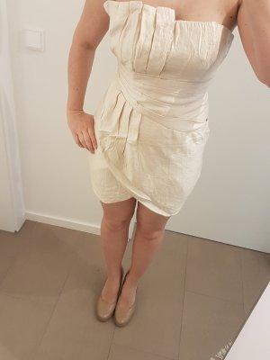 beiges elegantes Kleid