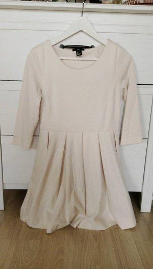 Beiges H&M-Kleid mit 3/4-Ärmeln
