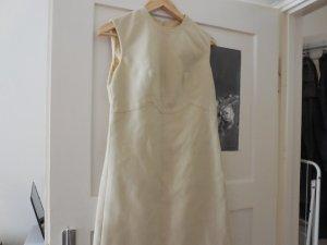 beiges Kleid aus Baumwolle