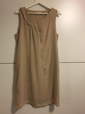 Beiges/nudefarbenes Trägerkleid