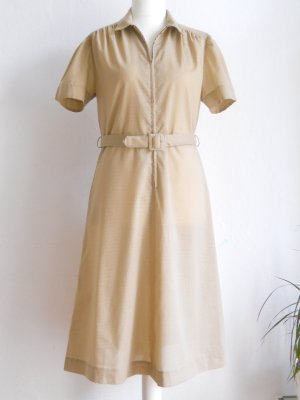 Beiges Vintage Sommerkleid mit Punkten Gr. 42