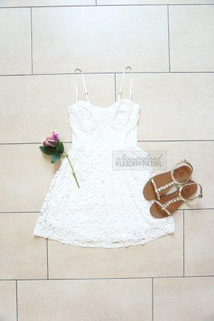 Beliebtes Abercrombie Bustierkleid mit Spitze