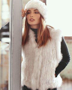 Cappello in pelliccia bianco