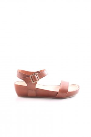 Belmondo Strapped Sandals brown casual look