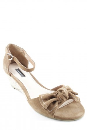 Belmondo Strapped High-Heeled Sandals light brown casual look