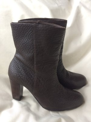 Belmondo Zipper Booties dark brown