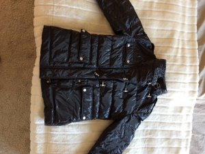 Belstaff Daunenjacke in schwarz glänzend