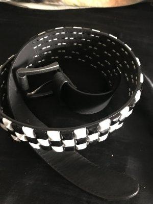 Studded riem zwart-wit