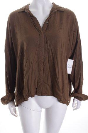 Bench Bluse dunkelgrün minimalistischer Stil